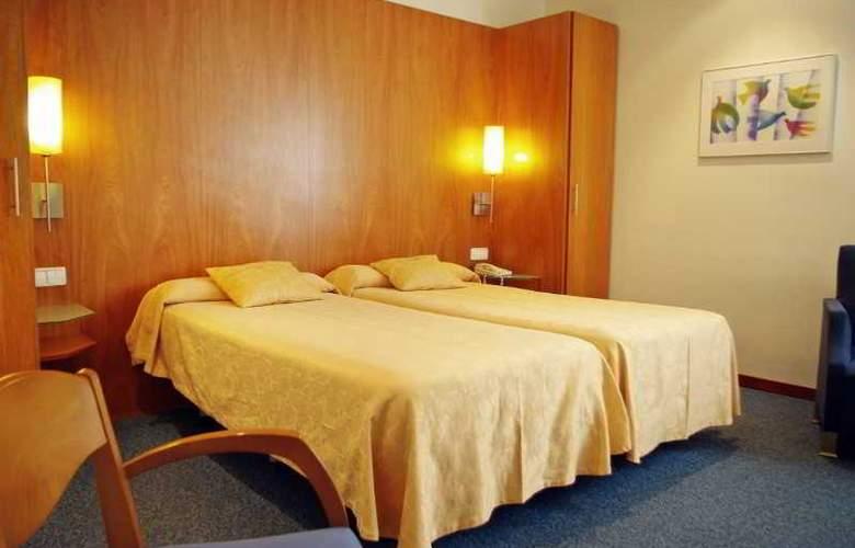 Peninsular - Room - 2
