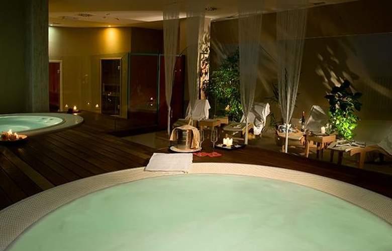 Saturnia Tuscany - Hotel - 4