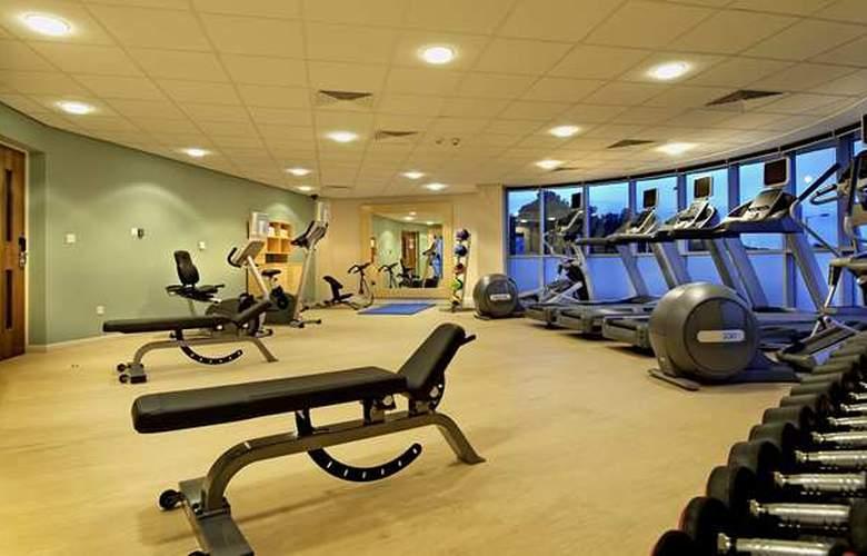Hilton Garden Inn Sevilla - Sport - 4