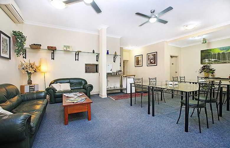 Ashfield Manor - Room - 2
