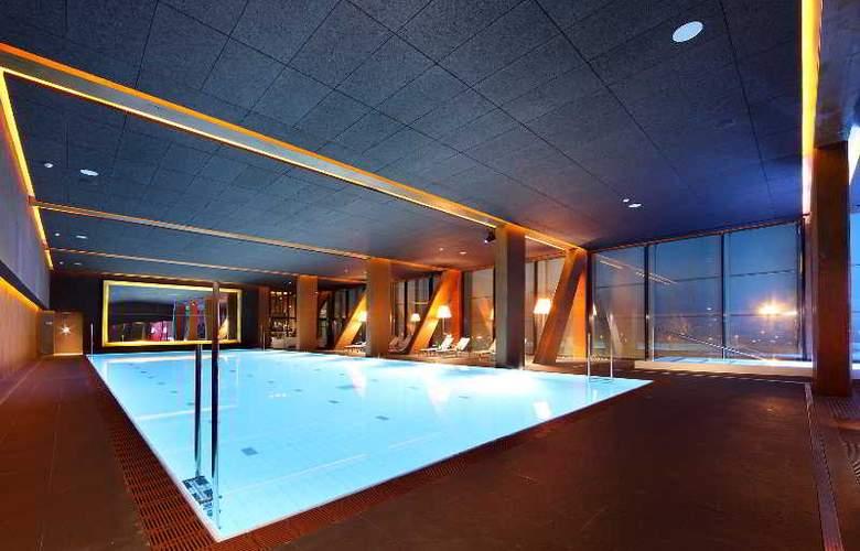 Occidental Bilbao - Pool - 30