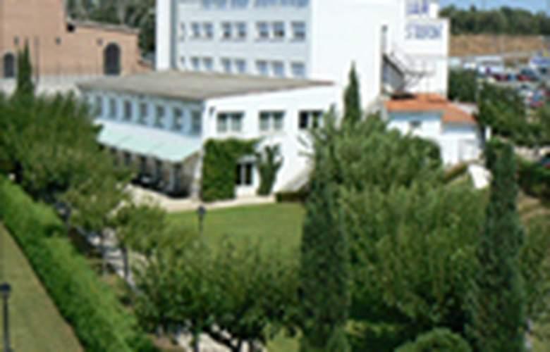 Vilobi - Building - 2