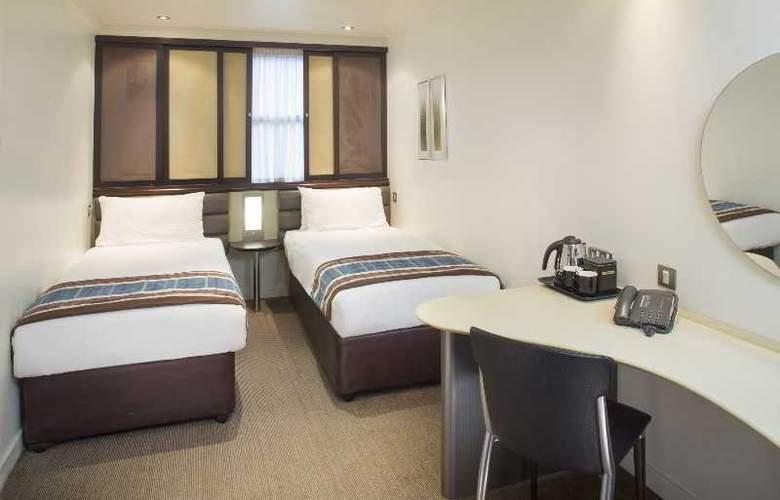 Corus Hyde Park - Room - 12