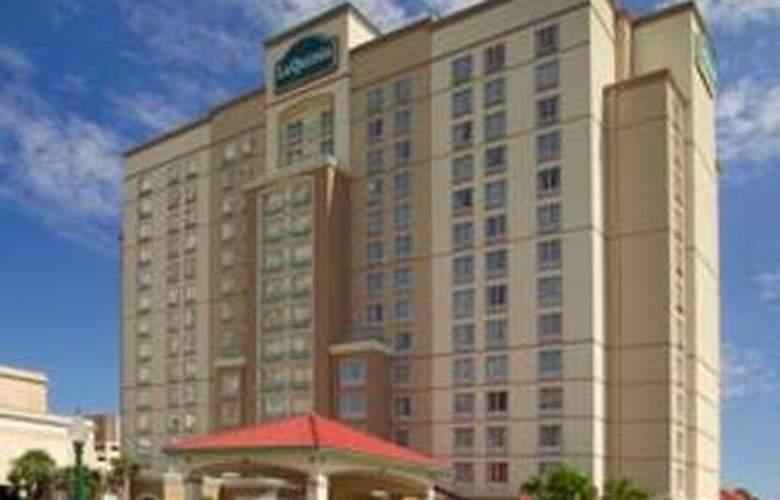 La Quinta Inn & Suites San Antonio Convention Cntr - Hotel - 0