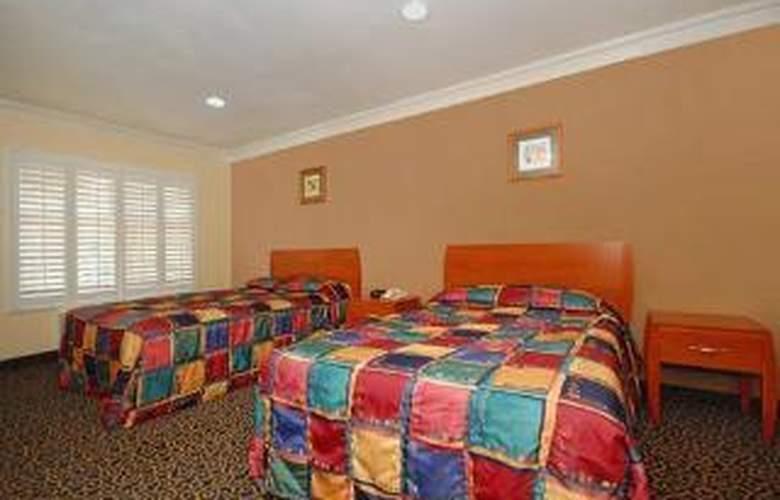Rodeway Inn & Suites Near Convention Center - Room - 4