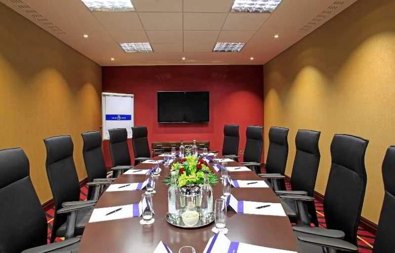 Holiday Inn London - Kensington High Street - Conference - 11