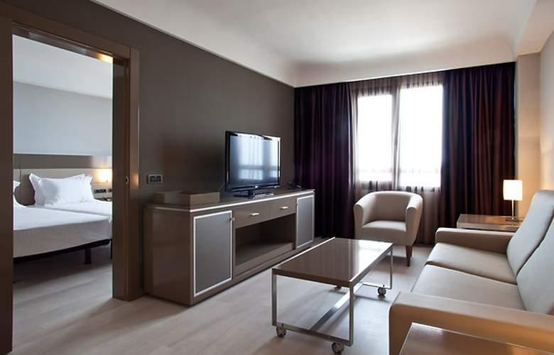 AC Hotel Iberia Las Palmas by Marriott - Room - 17