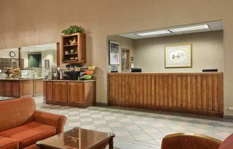 Homewood Suites by Hilton Greensboro - Hotel - 4