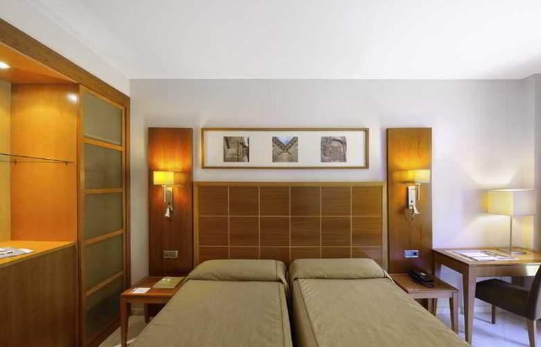Eurostars Las Adelfas - Room - 9