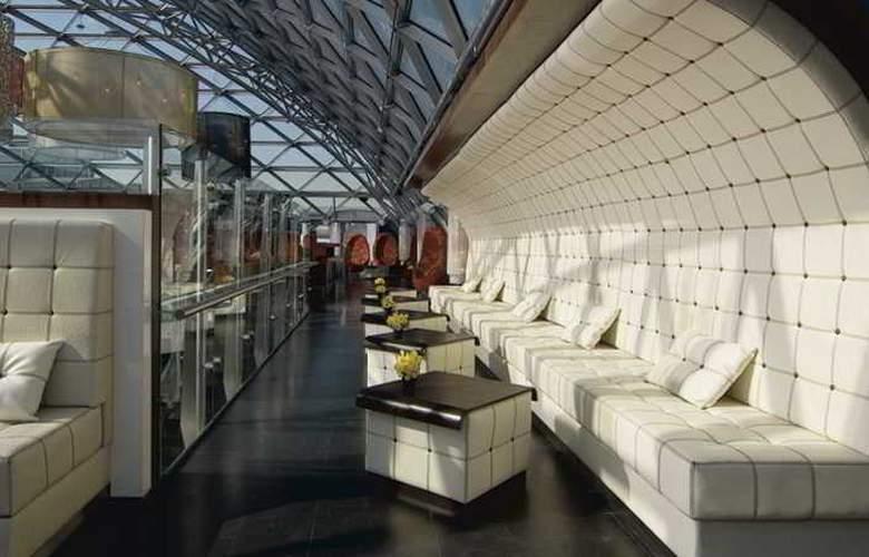 Ritz Carlton - Bar - 4