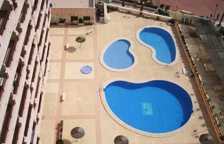 Esmeralda Apartamentos - Pool - 12