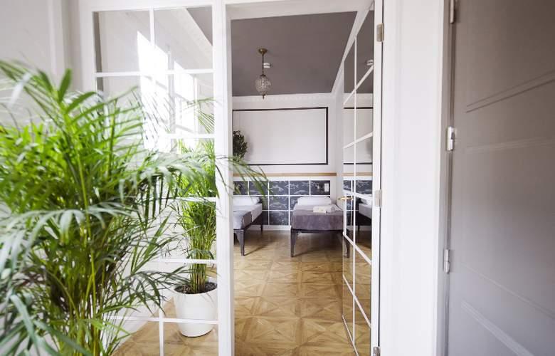 Casa Gracia Barcelona Hostel - Room - 28