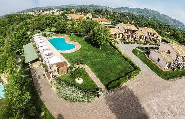 Relais Villaggio Le Querce - Hotel - 11