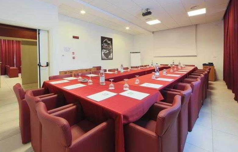 Best Western Cristallo - Conference - 76