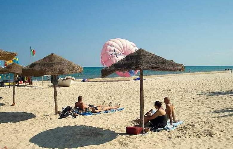Samira Club - Beach - 5