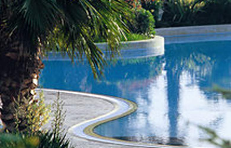 Hyatt Regency Thessaloniki - Pool - 4