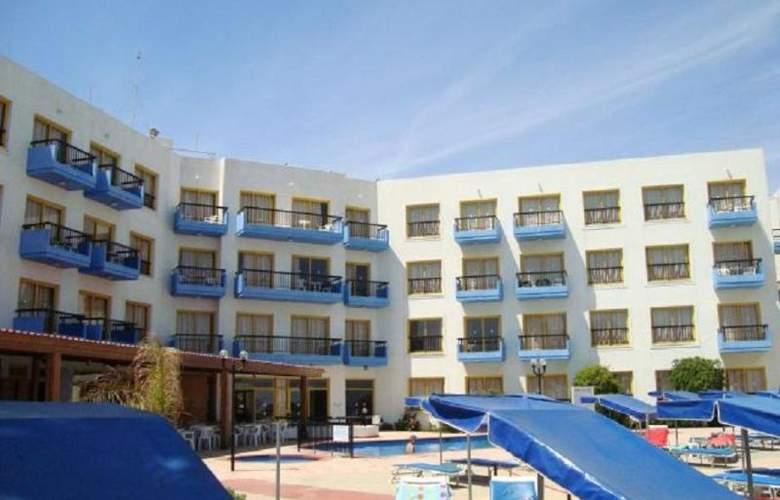 Evalena Beach Hotel Apts - Hotel - 5