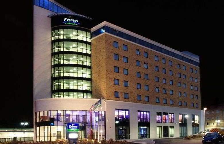 Express London - Newbury Park - Hotel - 0