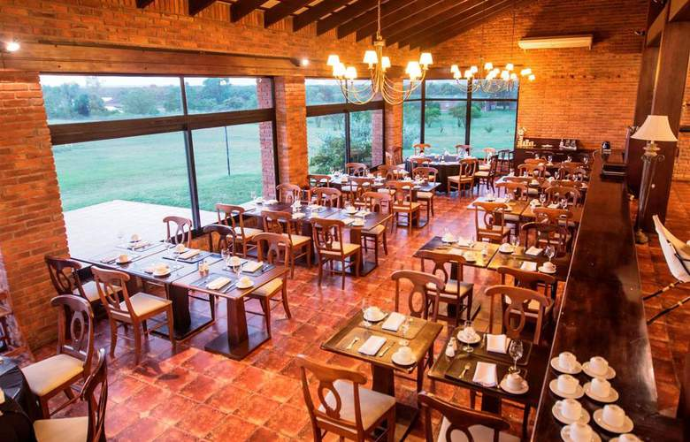 Arapey Thermal Resort and Spa Hotel - Restaurant - 3