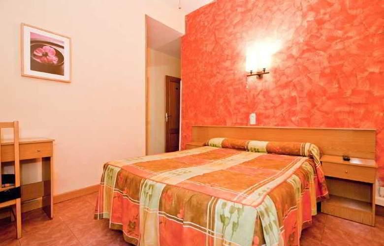 Oporto - Room - 20