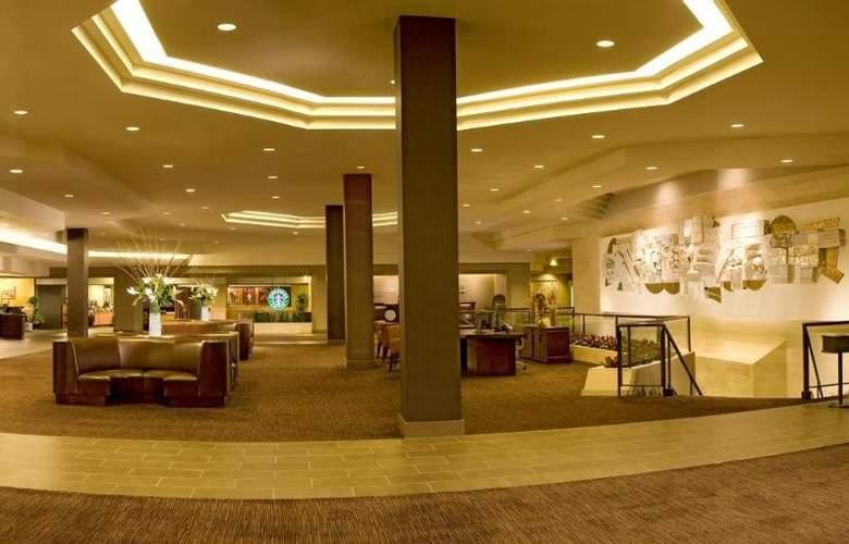 Hilton Anaheim - General - 11