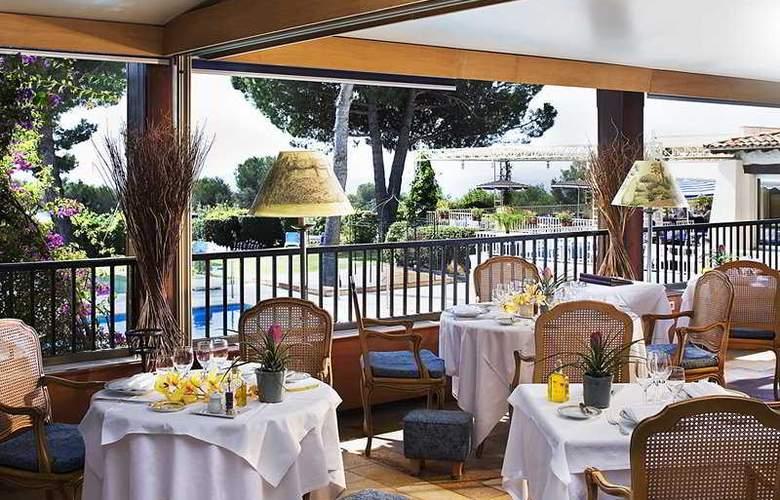 Le Mas d'Artigny & Spa - Restaurant - 2
