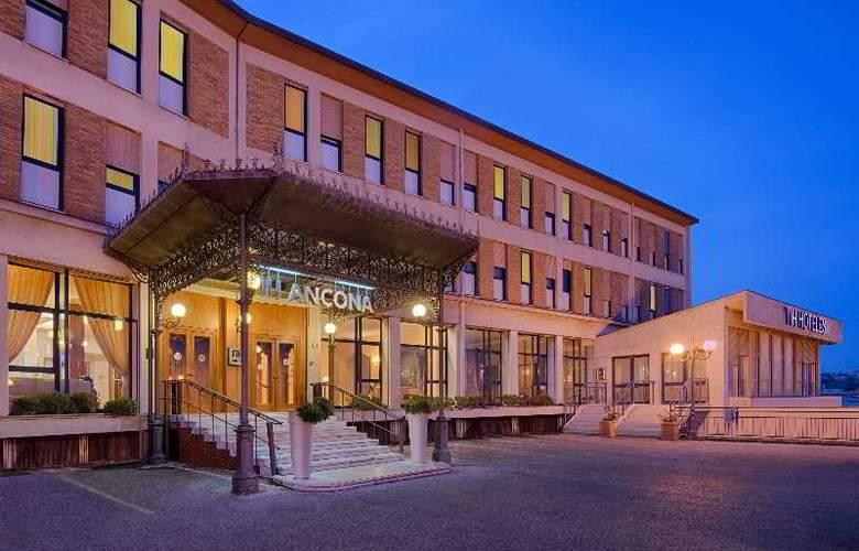 NH Ancona - Hotel - 13