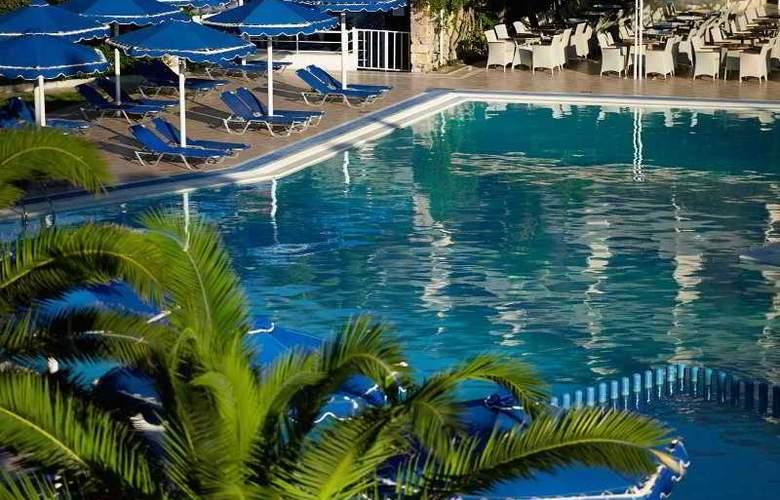 Mitsis Ramira Beach - Pool - 10