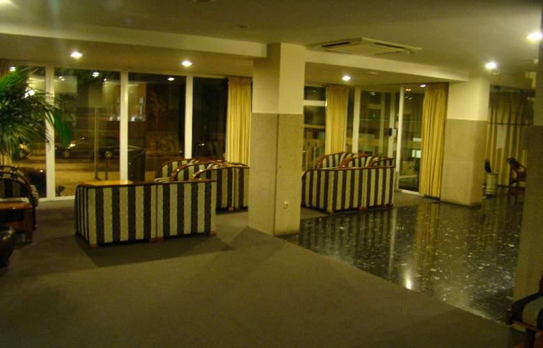 Hotel Rali Viana - General - 2