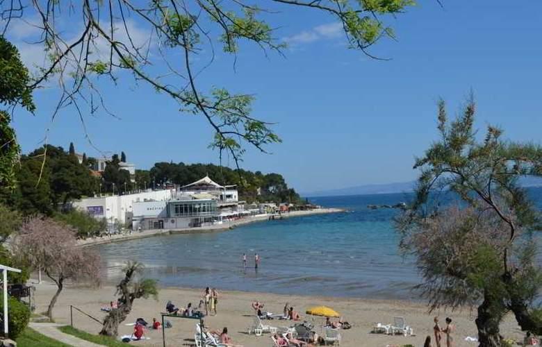 Sobe Cikes - Beach - 6