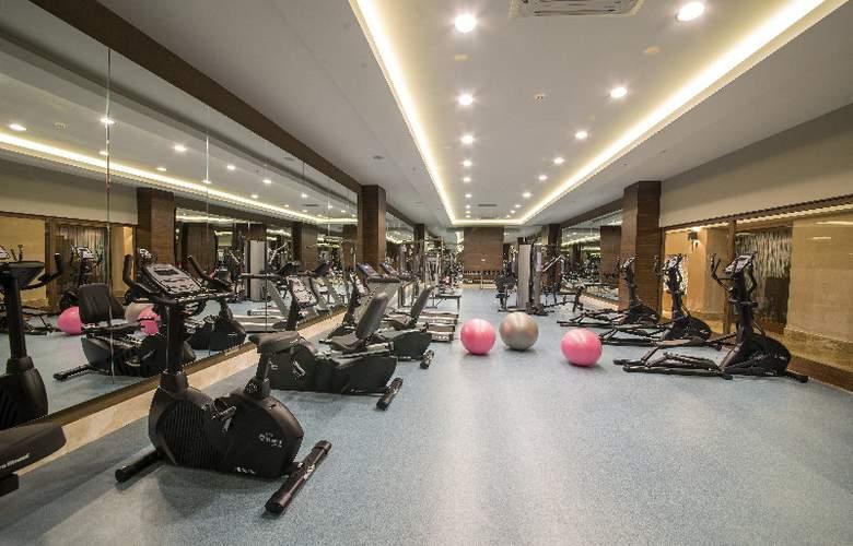 Ramada Resort Lara - Sport - 30