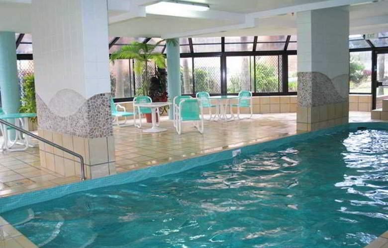 Beach Haven Resort - Pool - 6