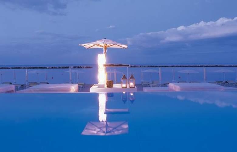 Vistamare Suite - Hotel - 4