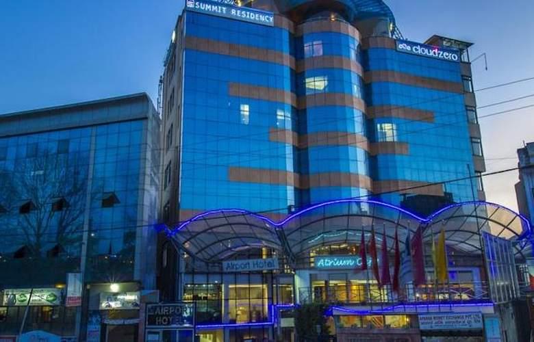 Summit Residency Airport Hotel Kathmandu - Hotel - 3