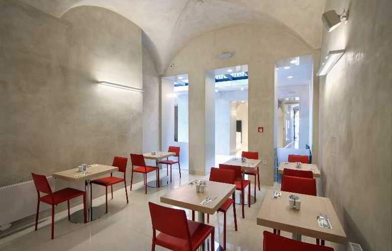 Bishop house - Restaurant - 40