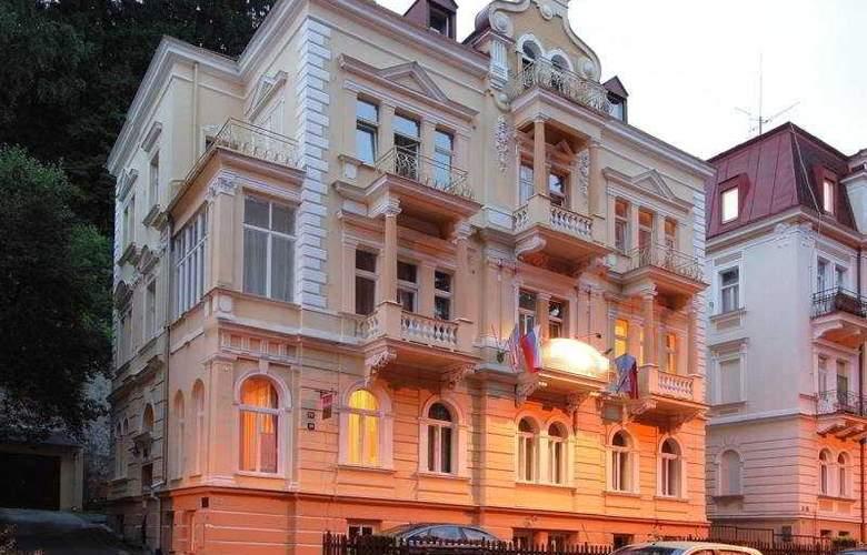 Villa Gloria - Hotel - 0