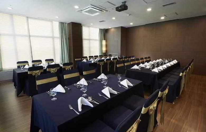 Orakai Songdo Park Hotel - Restaurant - 20