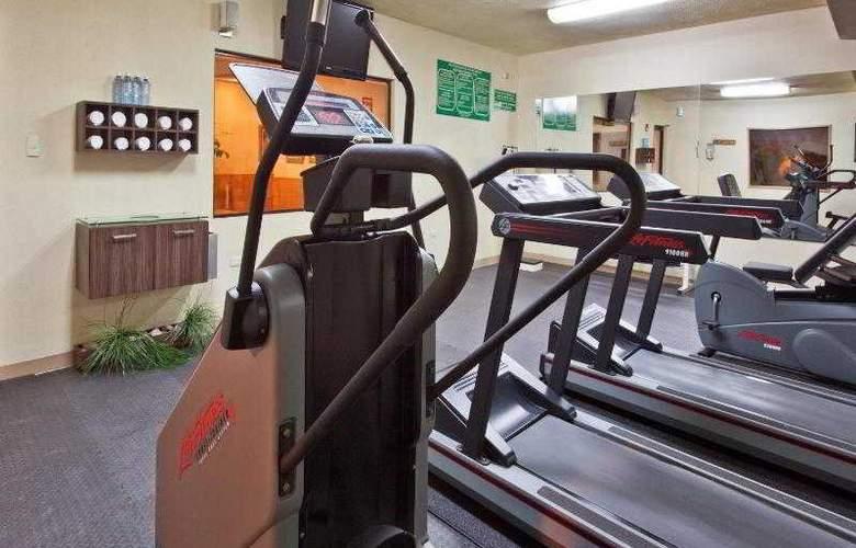 Holiday Inn Express Chihuahua - Sport - 21