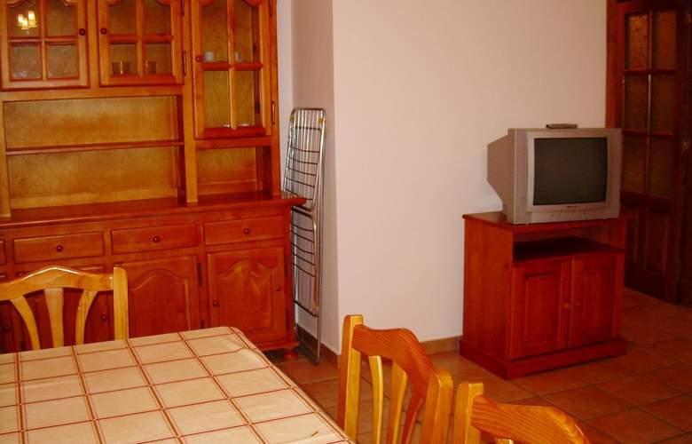 Apartamentos Biescas 3000 - Room - 6