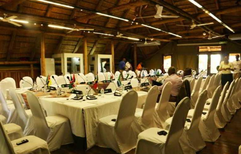 Victoria Falls Safari Club - Conference - 4