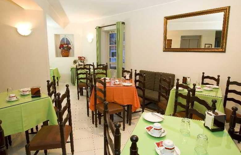 Residencial Chafariz - Restaurant - 2