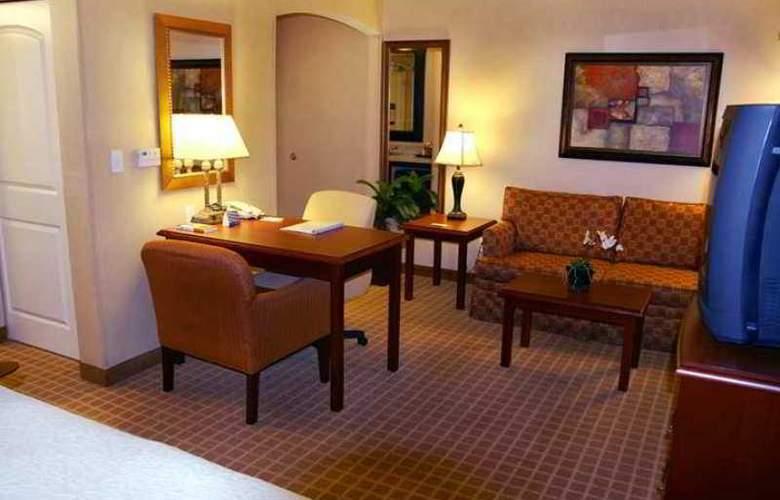 Hampton Inn & Suites Redding - Hotel - 6
