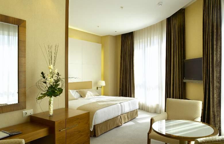 Sercotel Sorolla Palace - Room - 15