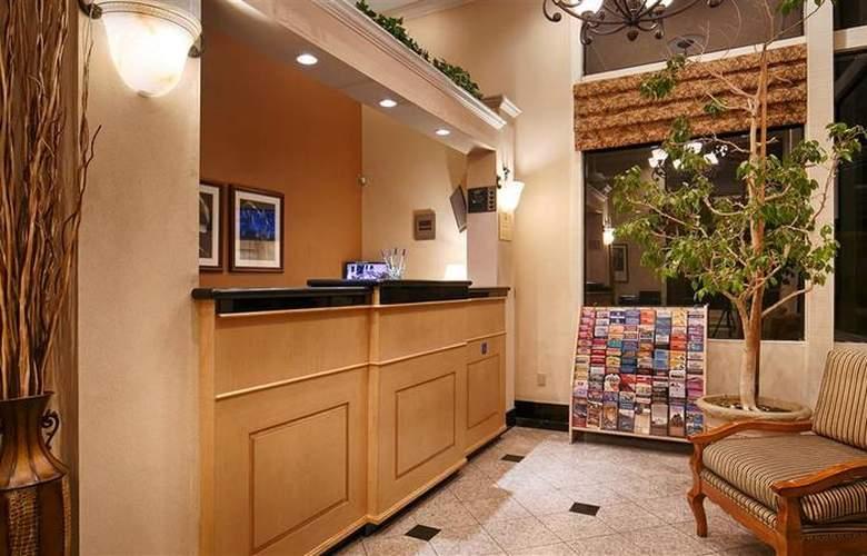 Best Western Plus Inn Of Hayward - Hotel - 9