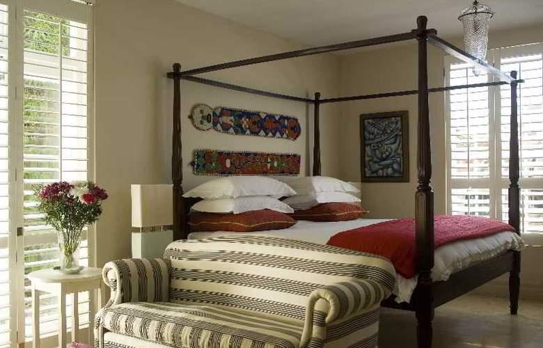 Colona Castle - Room - 4