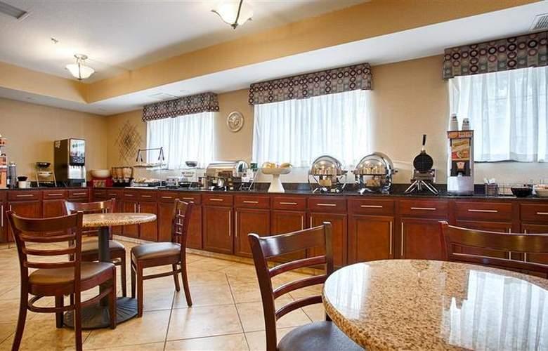 Best Western Plus Eastgate Inn & Suites - Restaurant - 95