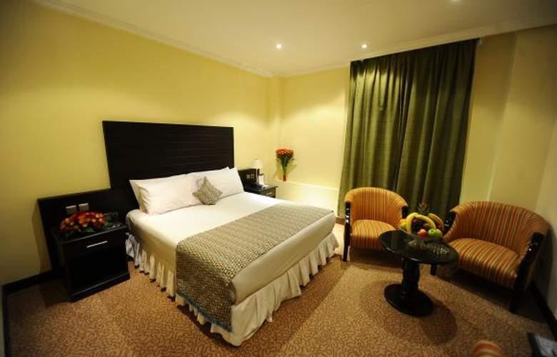 Madareen Crown Hotel - Room - 0