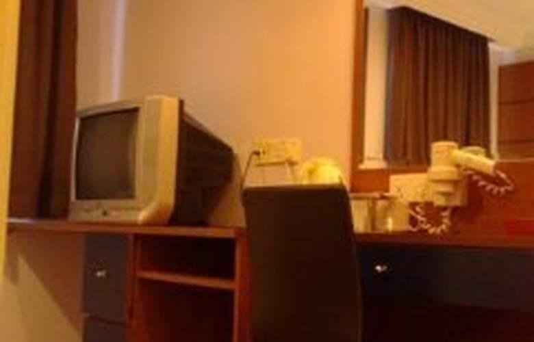 Fragrance Hotel - Emerald - Room - 8