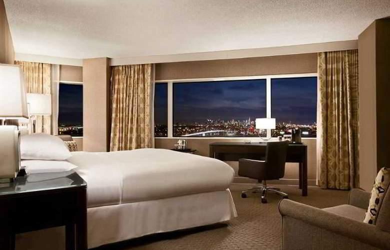 Hilton Meadowlands - Room - 8