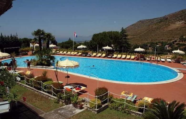 Residence Costa Di Kair Ed Din - Pool - 2